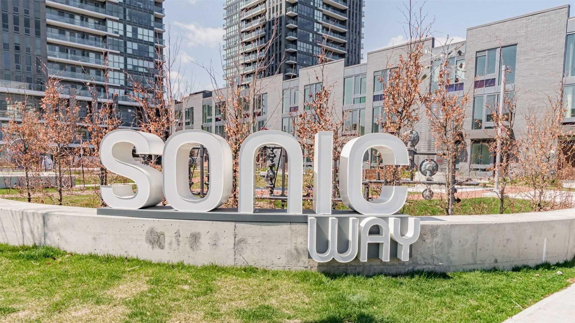 32 Sonic Way, Toronto, Ontario M3C 2Z2, 3 Bedrooms Bedrooms, 6 Rooms Rooms,3 BathroomsBathrooms,Condo Townhouse,For Sale,Sonic,C5197912