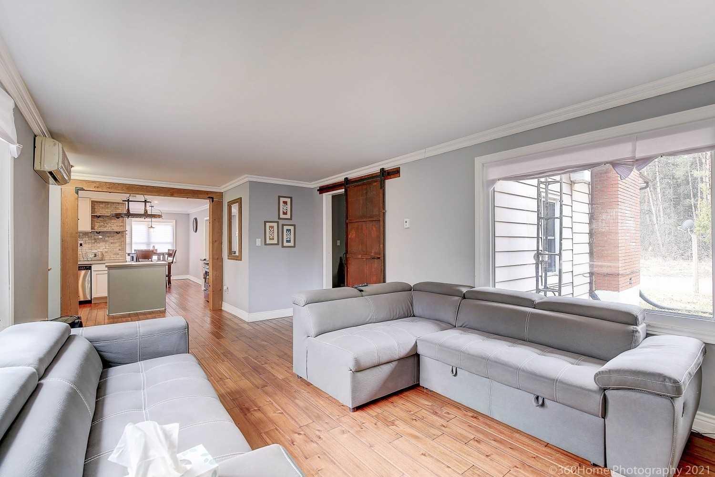 12200 Simcoe St, Scugog, Ontario L9L 1B3, 1 Bedroom Bedrooms, ,2 BathroomsBathrooms,Detached,For Sale,Simcoe,E5170747