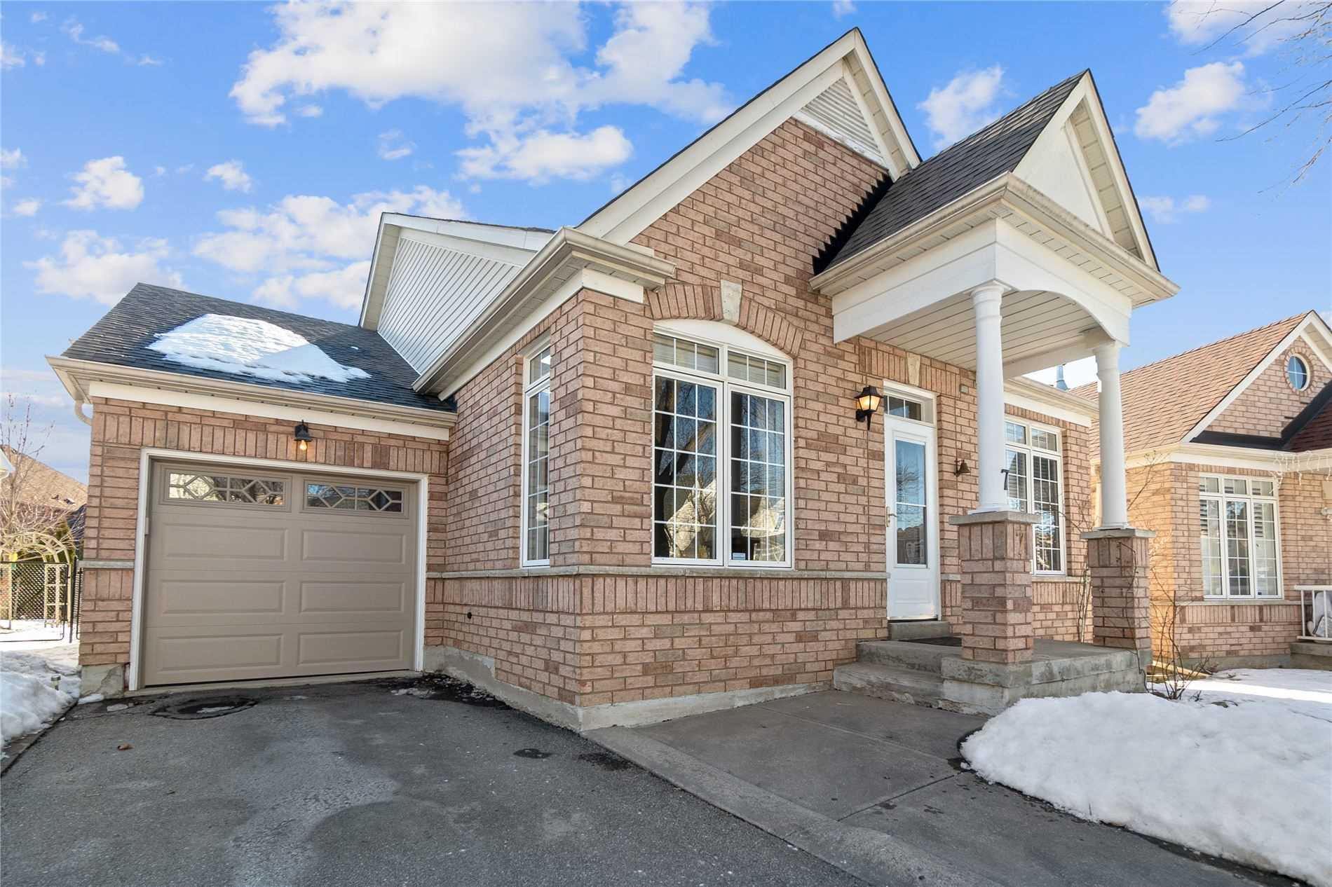 7 Thomas Bales Dr, Markham, Ontario L6C2W7, 2 Bedrooms Bedrooms, ,3 BathroomsBathrooms,Detached,For Sale,Thomas Bales,N5167230