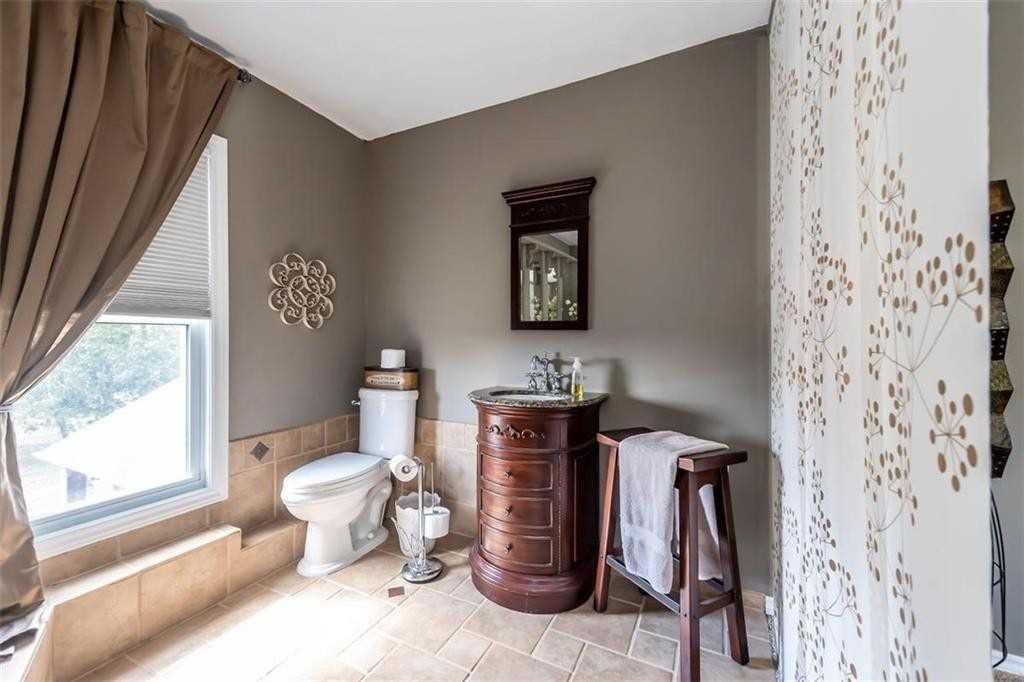 66 Sawmill Rd, Haldimand, Ontario N3W 1Y6, 4 Bedrooms Bedrooms, ,3 BathroomsBathrooms,Detached,For Sale,Sawmill,X5177342