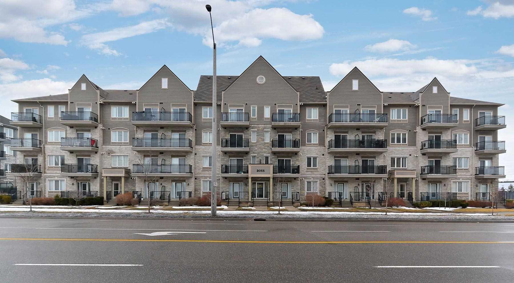 3055 Thomas St, Mississauga, Ontario L5M0L8, 1 Bedroom Bedrooms, ,1 BathroomBathrooms,Condo Apt,For Lease,Thomas,W5164638