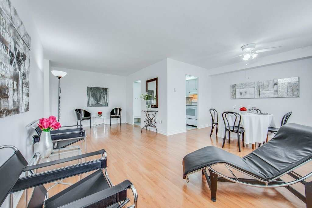 1360 York Mills Rd, Toronto, Ontario M3A2A2, 3 Bedrooms Bedrooms, 7 Rooms Rooms,2 BathroomsBathrooms,Condo Apt,For Sale,York Mills,C4906927