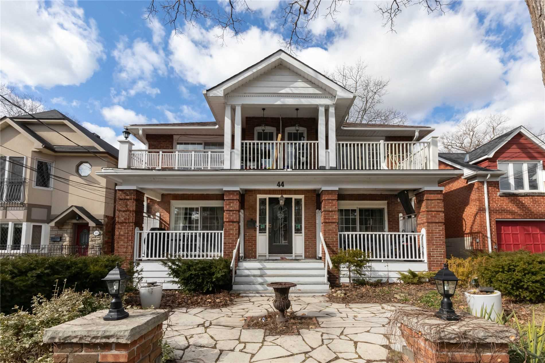 44 Courcelette Rd, Toronto, Ontario M1N 2S8, 8 Bedrooms Bedrooms, 20 Rooms Rooms,7 BathroomsBathrooms,Multiplex,For Sale,Courcelette,E4855825
