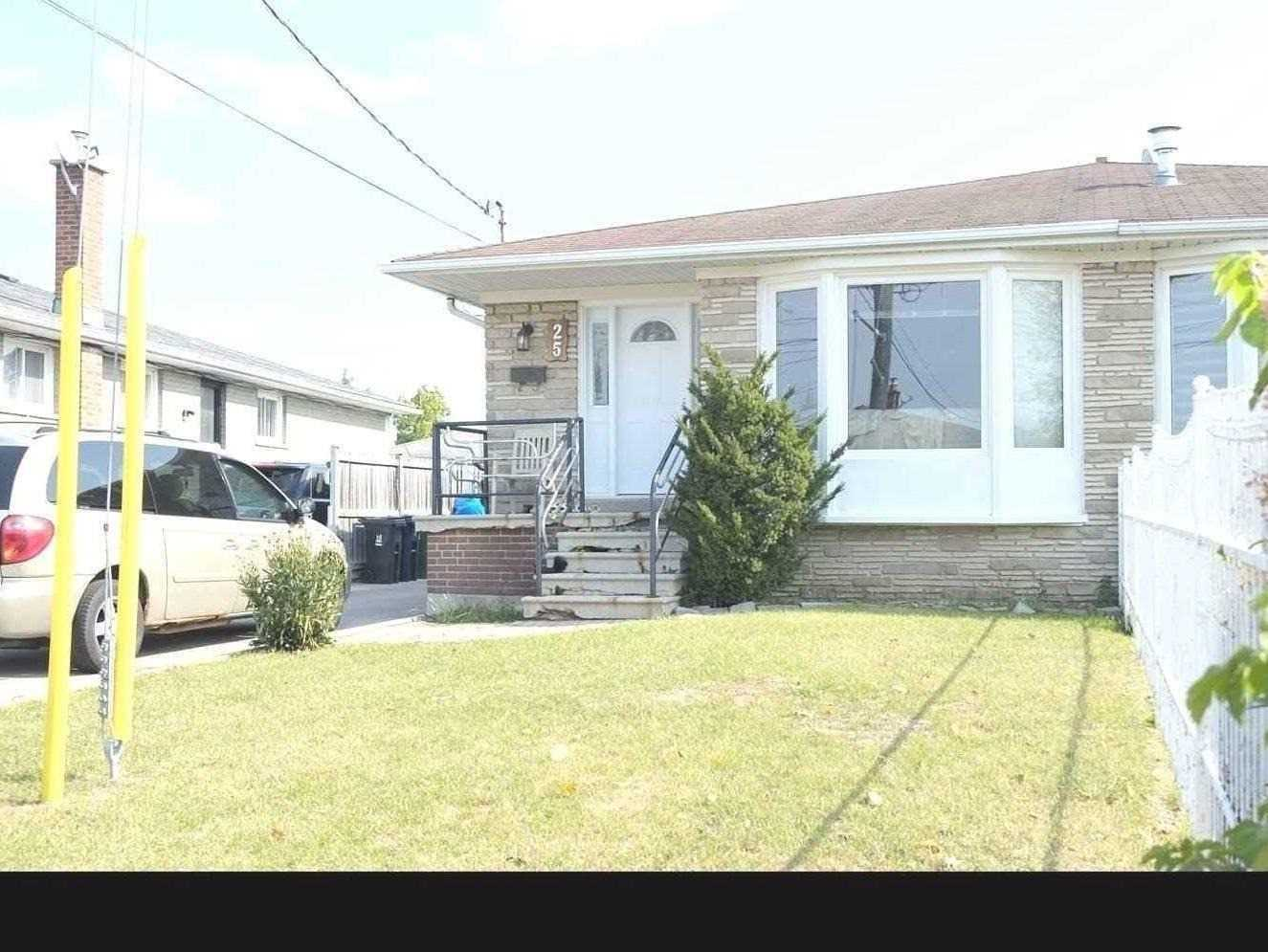 25 Rubydale Gdns, Toronto, Ontario M9L1B8, 3 Bedrooms Bedrooms, 5 Rooms Rooms,2 BathroomsBathrooms,Semi-detached,For Sale,Rubydale,W4966551