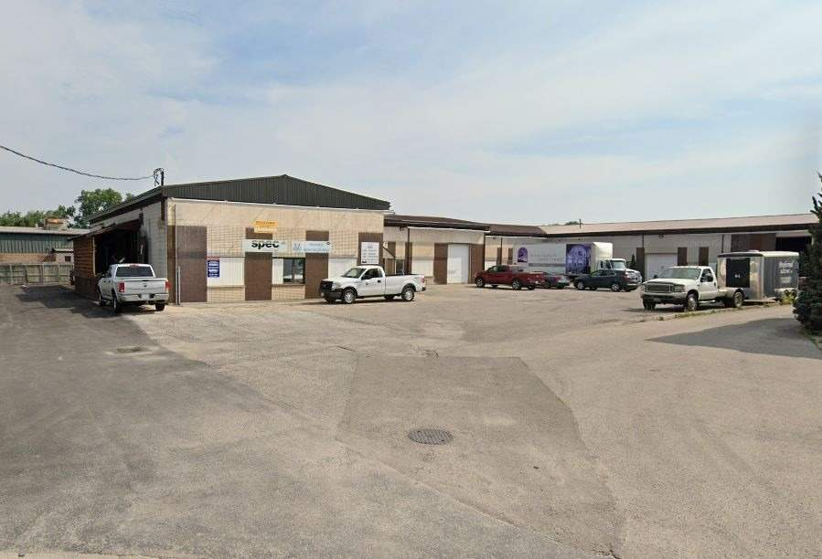 866 Phillip St, Sarnia, Ontario N7T1Z6, ,Industrial,For Lease,Phillip,X4971810
