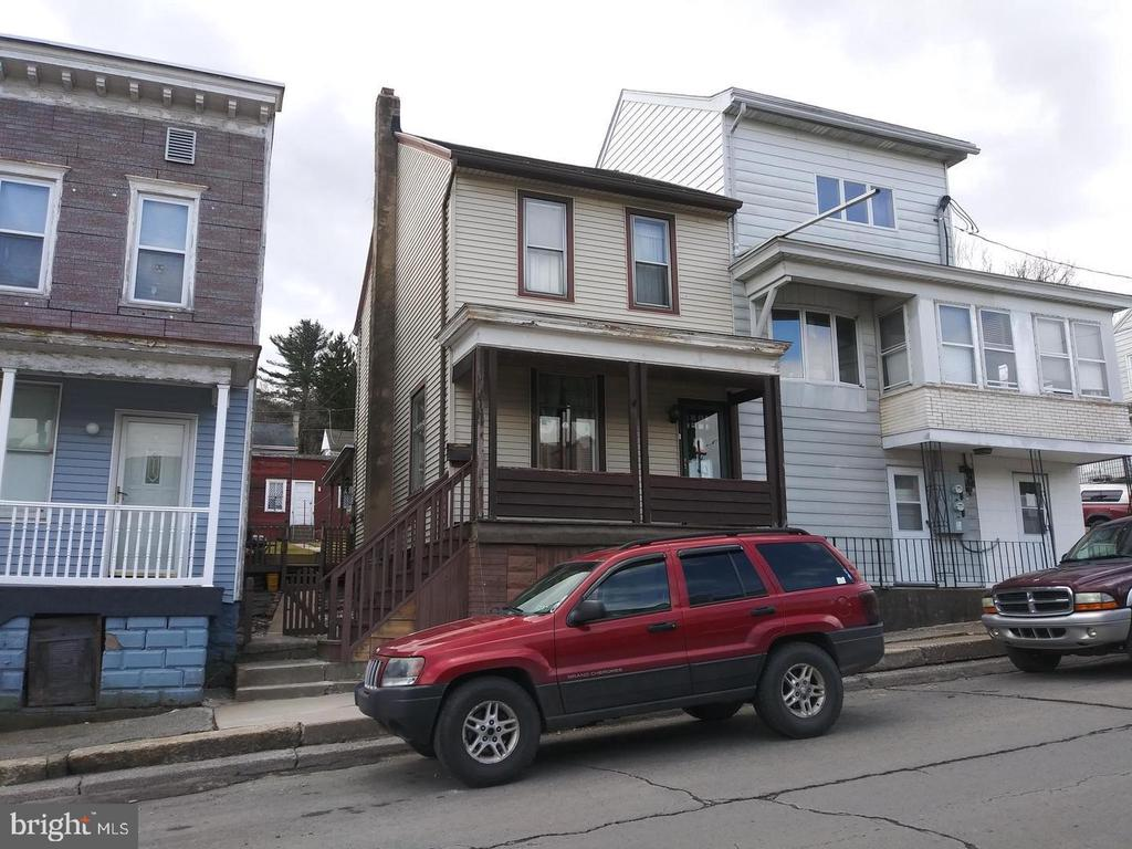 1432 WALNUT STREET, ASHLAND, PA 17921, 3 Bedrooms Bedrooms, ,1 BathroomBathrooms,Residential,For Sale,WALNUT,PASK127856