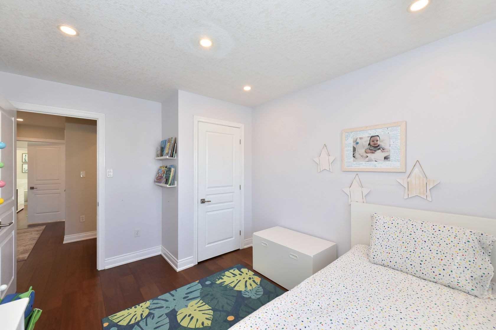 5346 Haldimand Cres, Burlington, Ontario L7L7E4, 3 Bedrooms Bedrooms, ,3 BathroomsBathrooms,Att/row/twnhouse,For Sale,Haldimand,W5155769