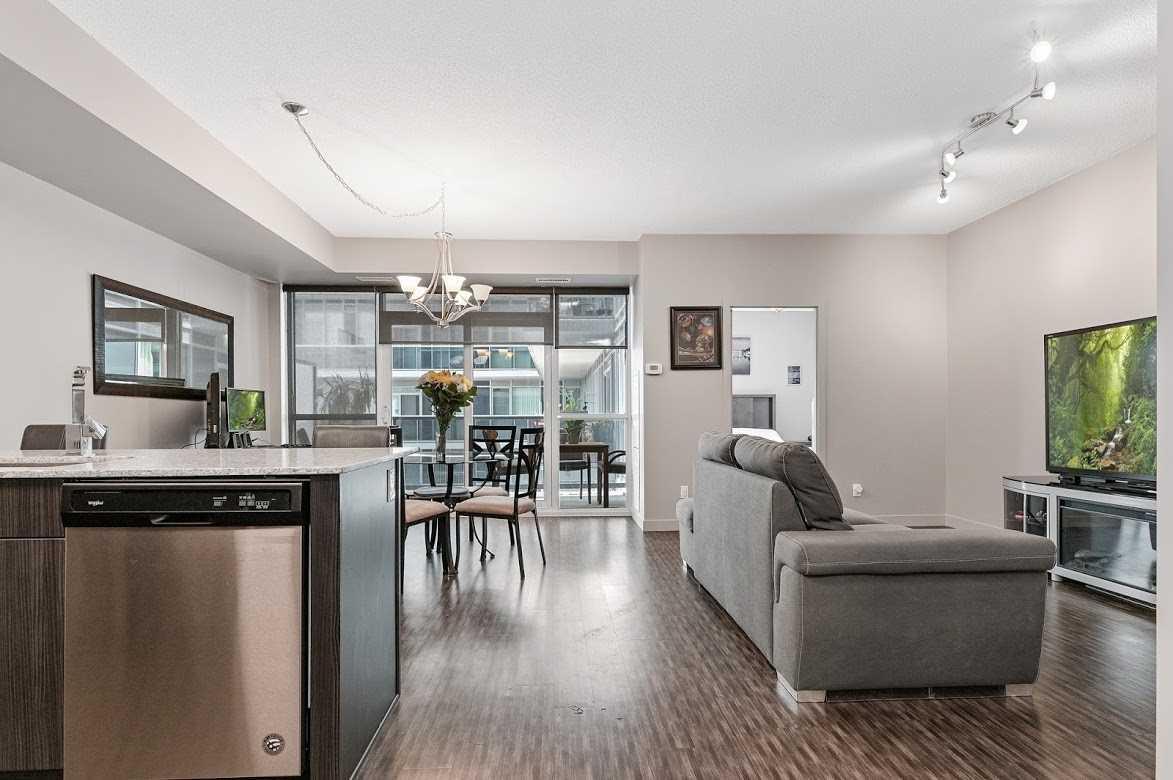 2093 Fairview St, Burlington, Ontario L7R 0B4, 1 Bedroom Bedrooms, ,1 BathroomBathrooms,Condo Apt,For Sale,Fairview,W5273079