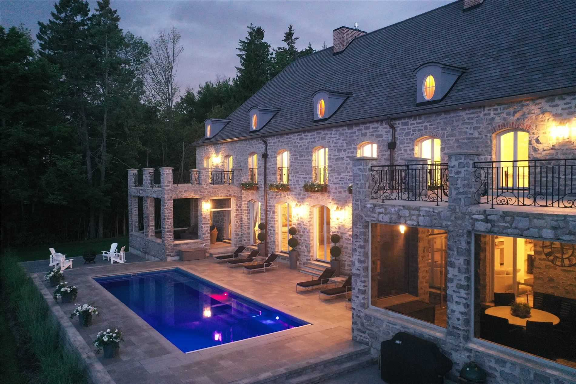 17 Pemberton Lane, Oro-Medonte, Ontario L0L 2L0, 4 Bedrooms Bedrooms, 11 Rooms Rooms,6 BathroomsBathrooms,Detached,For Sale,Pemberton,S4779444
