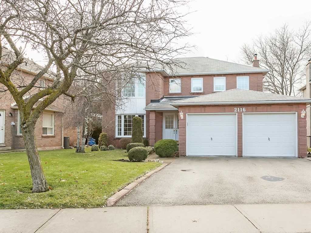 2116 Pineview Dr, Oakville, L6H5M4, 4 Bedrooms Bedrooms, ,3 BathroomsBathrooms,Detached,For Sale,Pineview,W4675174
