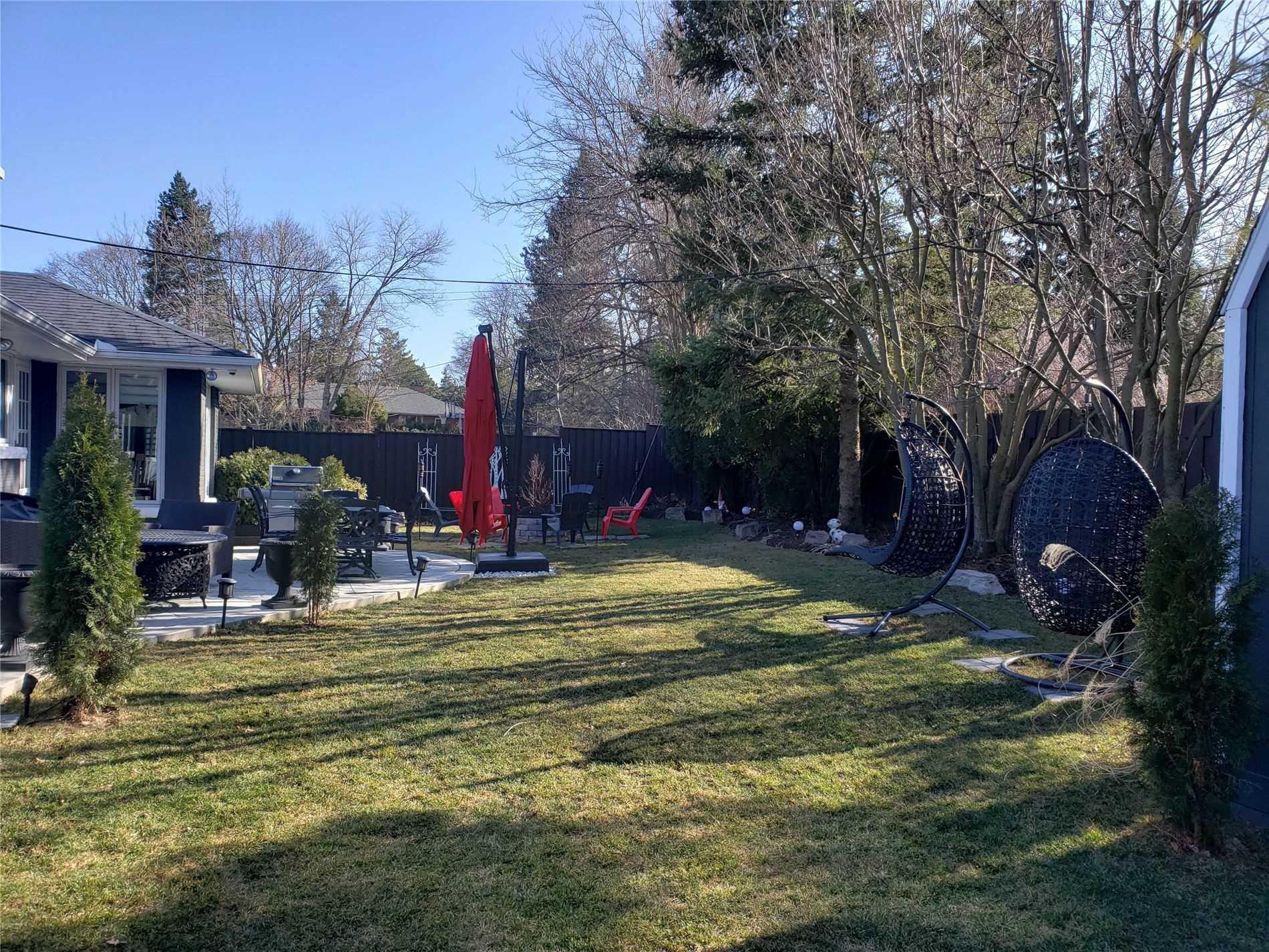 1594 Islington Ave, Toronto, Ontario M9A3M6, 3 Bedrooms Bedrooms, 8 Rooms Rooms,4 BathroomsBathrooms,Detached,For Sale,Islington,W5164240