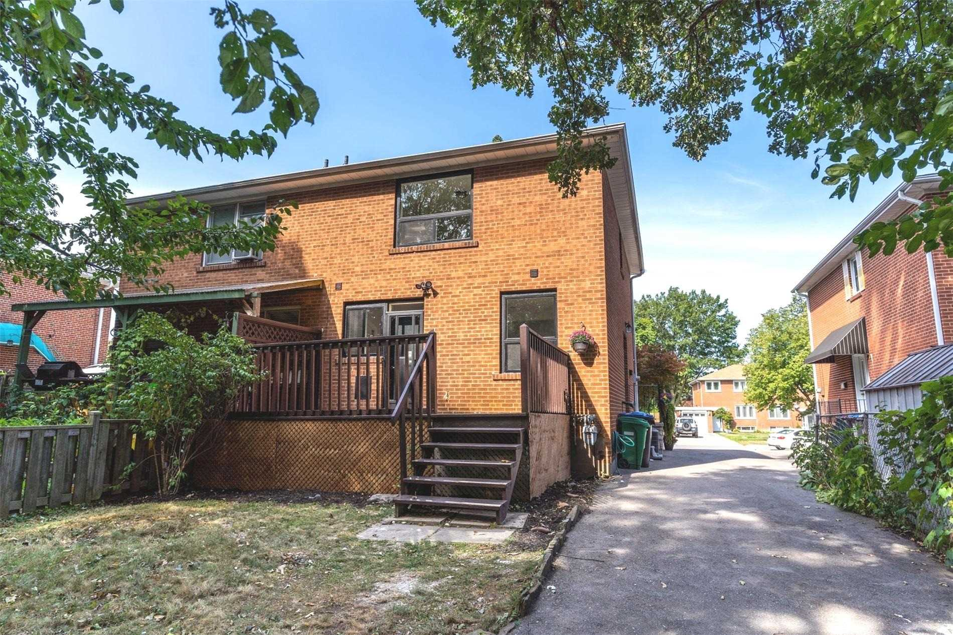 1244 Nigel Rd, Mississauga, Ontario L5J3S7, 3 Bedrooms Bedrooms, ,3 BathroomsBathrooms,Semi-Detached,For Sale,Nigel,W4911174