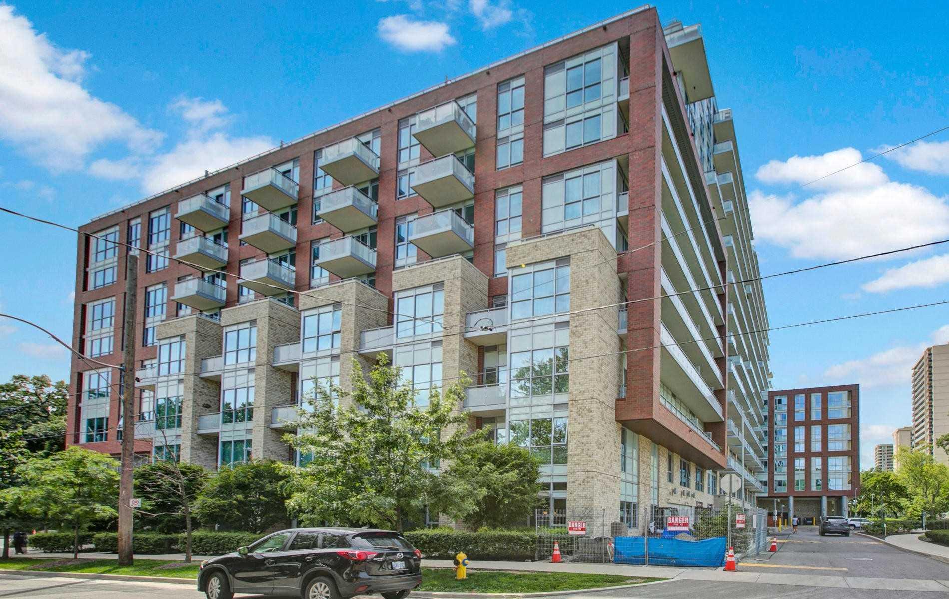 1830 Bloor St, Toronto, Ontario M6P0A2, 4 Rooms Rooms,1 BathroomBathrooms,Condo Apt,For Sale,Bloor,W4917624