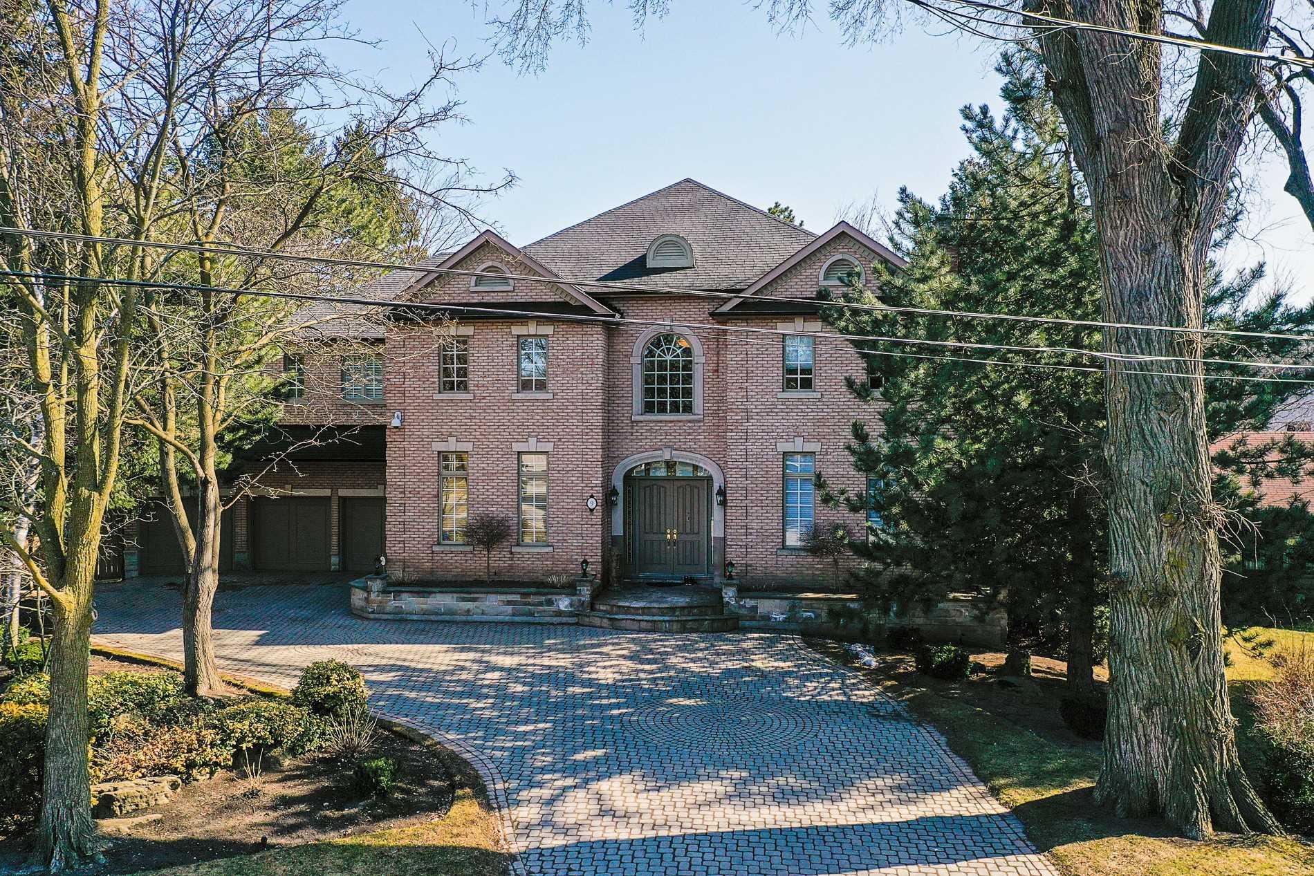 9 Berkindale Cres, Toronto, Ontario M2L2A3, 5 Bedrooms Bedrooms, 11 Rooms Rooms,8 BathroomsBathrooms,Detached,For Sale,Berkindale,C5191744