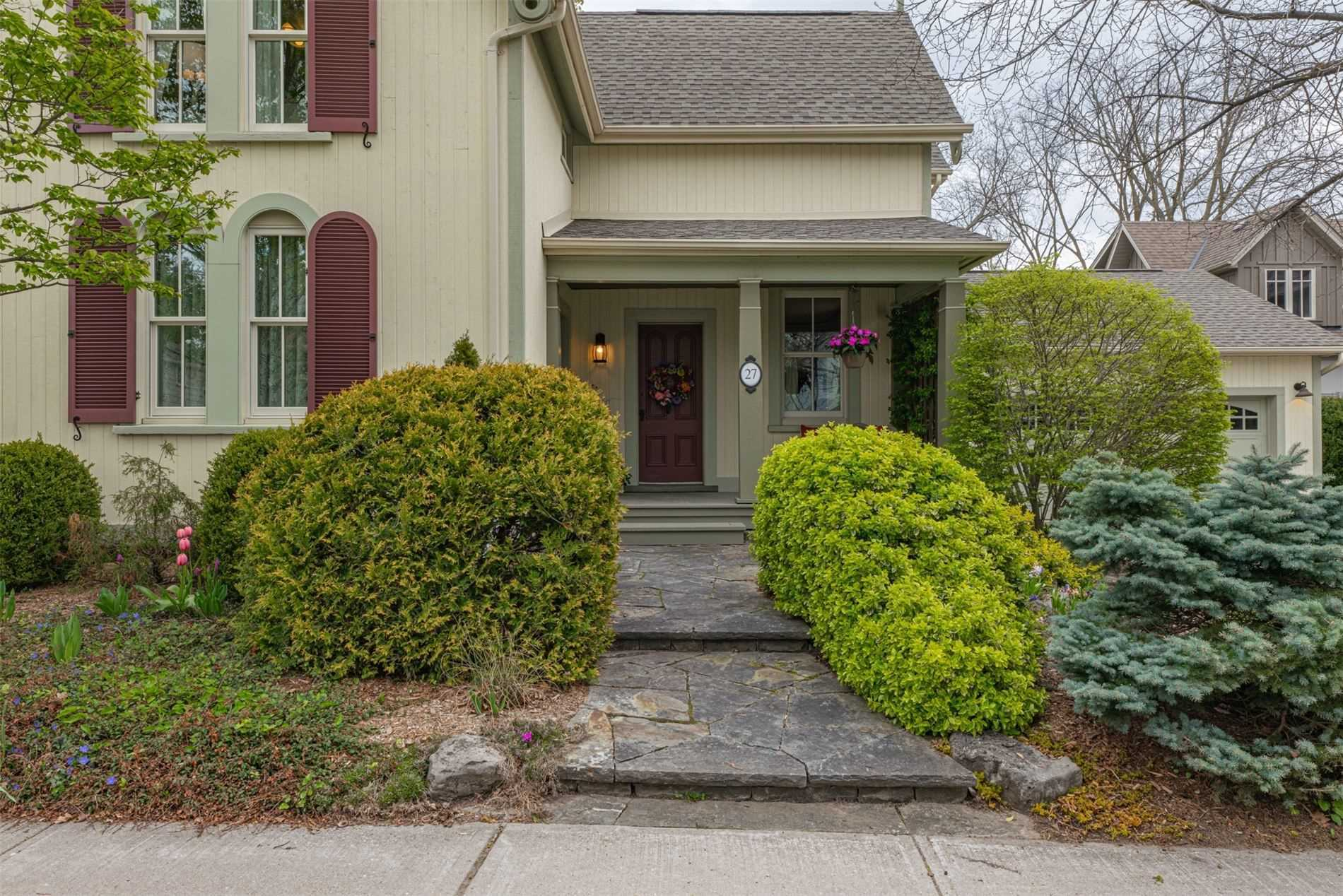 27 Victoria St, Whitchurch-Stouffville, Ontario L4A3R7, 4 Bedrooms Bedrooms, ,3 BathroomsBathrooms,Detached,For Sale,Victoria,N5273223