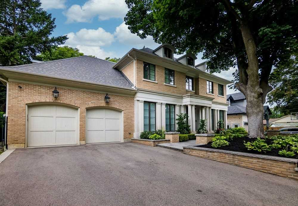 20 Palace Arch Dr, Toronto, Ontario M9A2S1, 4 Bedrooms Bedrooms, 14 Rooms Rooms,7 BathroomsBathrooms,Detached,For Sale,Palace Arch,W4848416