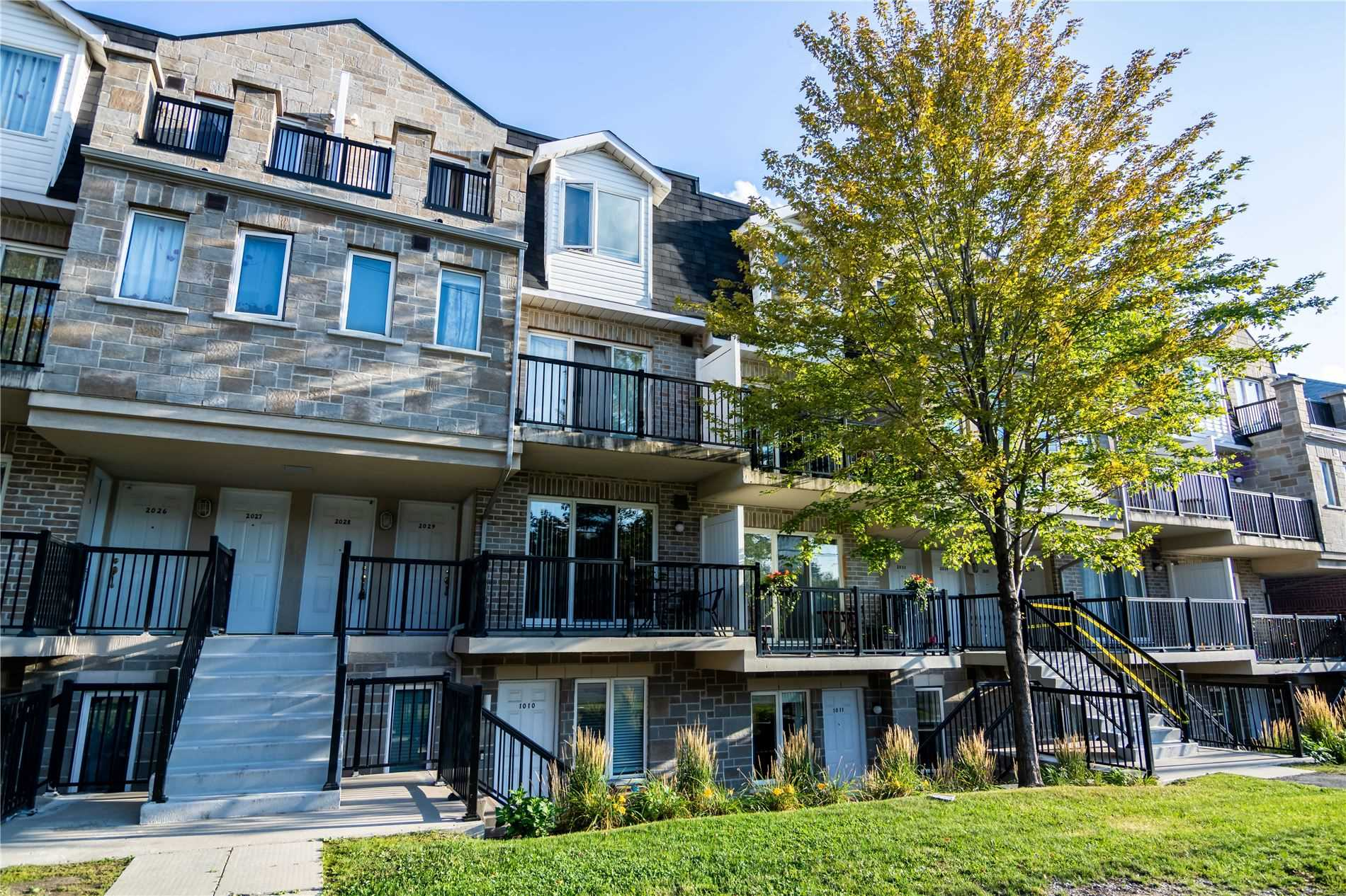 3025 Finch Ave, Toronto, Ontario M9M0A2, 2 Bedrooms Bedrooms, 5 Rooms Rooms,2 BathroomsBathrooms,Condo Townhouse,For Sale,Finch,W4897799