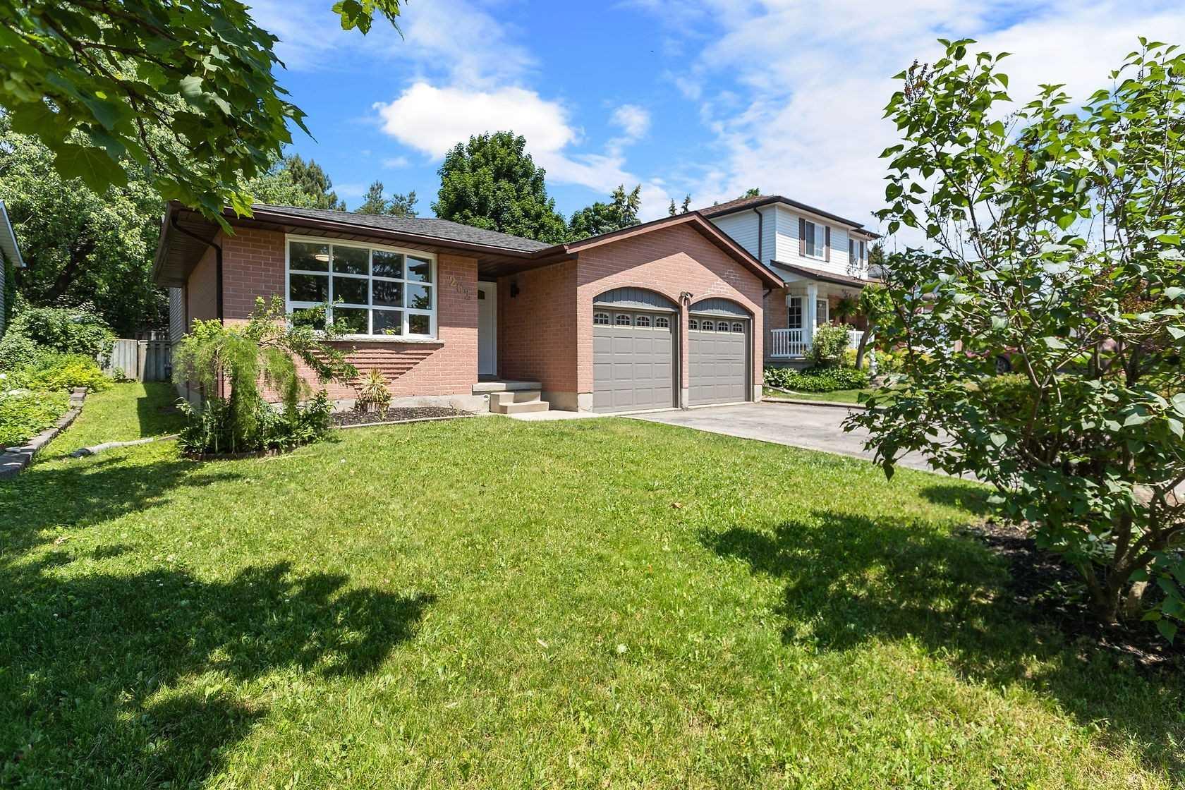 262 Tagge Cres, Kitchener, Ontario N2K 3R7, 3 Bedrooms Bedrooms, ,3 BathroomsBathrooms,Detached,For Sale,Tagge,X5272977