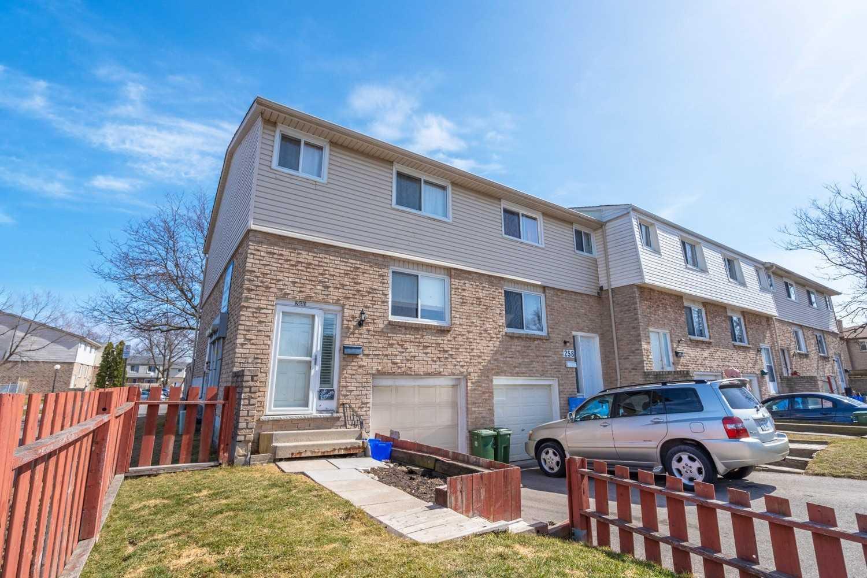 260 Kenora Ave, Hamilton, Ontario L8E 3Y4, 3 Bedrooms Bedrooms, ,2 BathroomsBathrooms,Condo Townhouse,For Sale,Kenora,X5173484