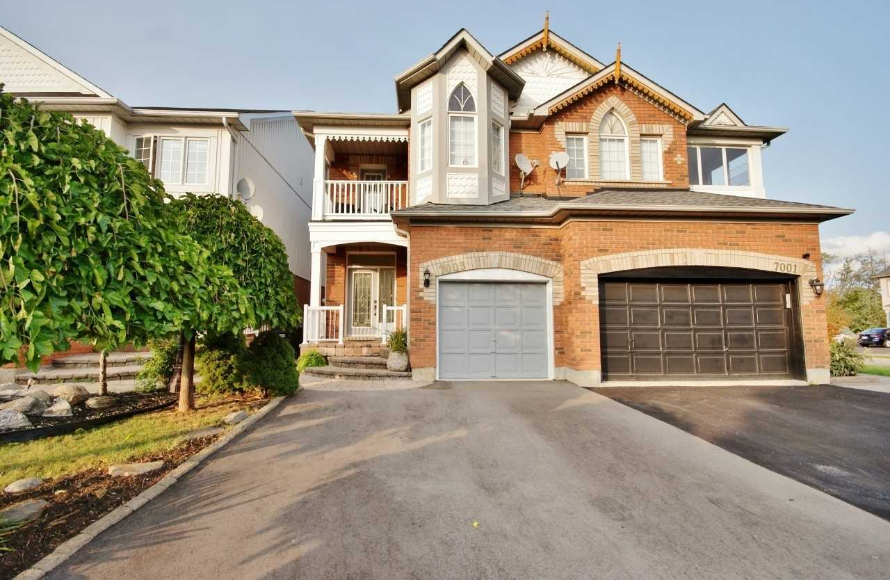 7003 Frontier Rdge, Mississauga, Ontario L5N 8C1, 4 Bedrooms Bedrooms, ,3 BathroomsBathrooms,Semi-Detached,For Sale,Frontier,W4910769