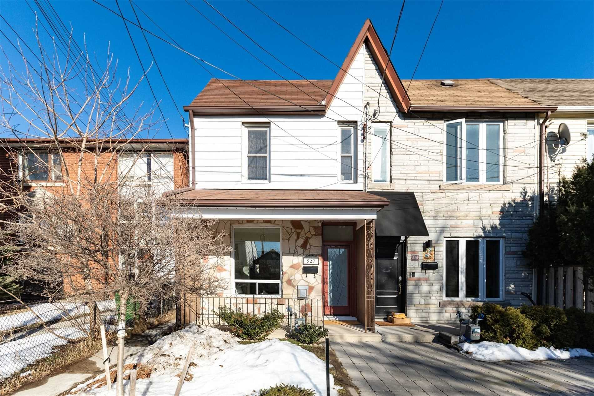 527 Quebec Ave, Toronto, Ontario M6P2V6, 3 Bedrooms Bedrooms, ,3 BathroomsBathrooms,Att/row/twnhouse,For Sale,Quebec,W5145891