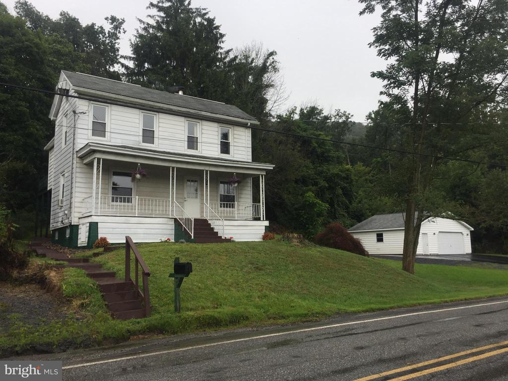 496 HIGH ROAD, ASHLAND, PA 17921, 1 Bedroom Bedrooms, ,1 BathroomBathrooms,Residential,For Sale,HIGH ROAD,PASK127552