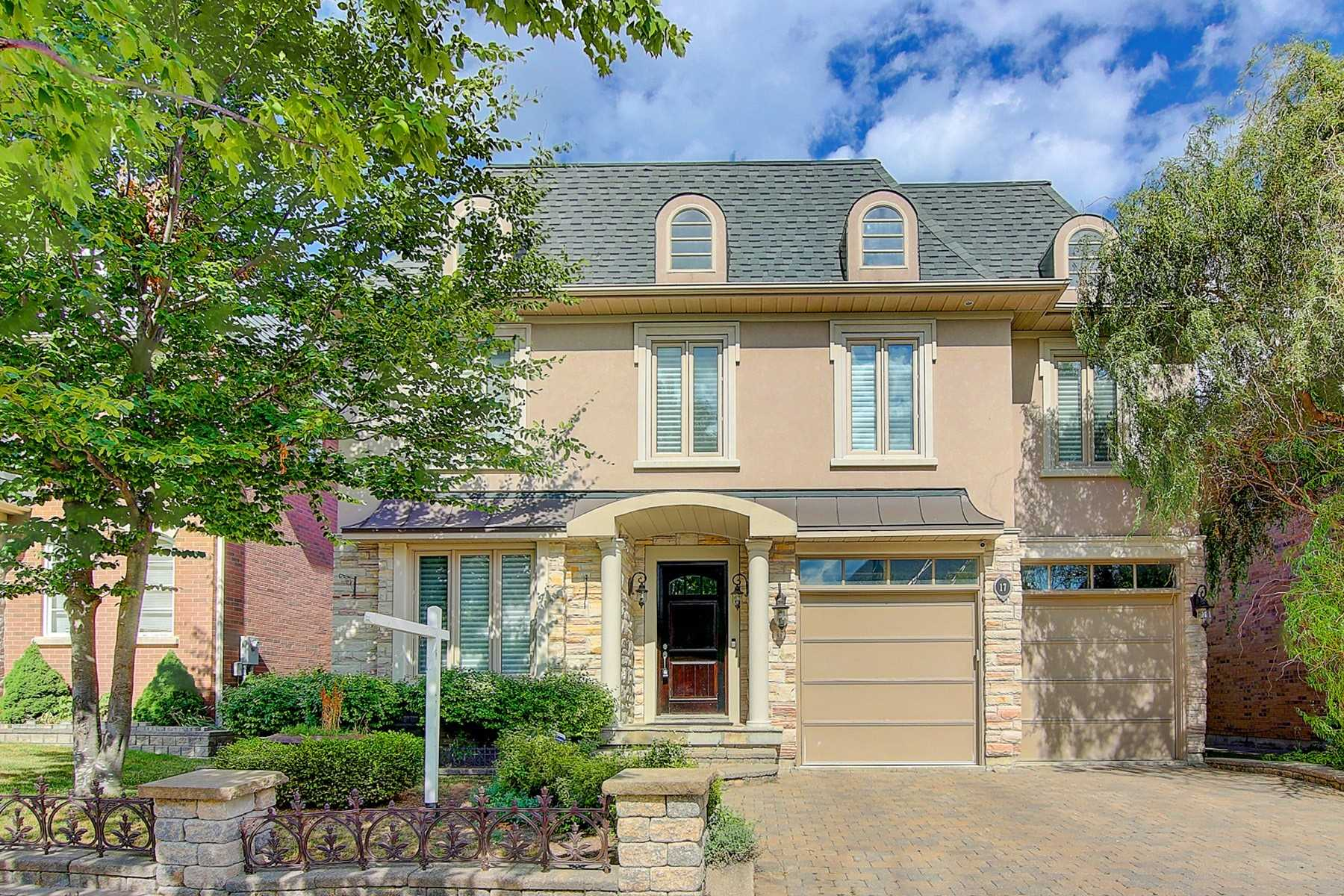 17 Ormsby Crt, Richmond Hill, Ontario L4B4P8, 5 Bedrooms Bedrooms, 12 Rooms Rooms,4 BathroomsBathrooms,Detached,For Sale,Ormsby,N4851724