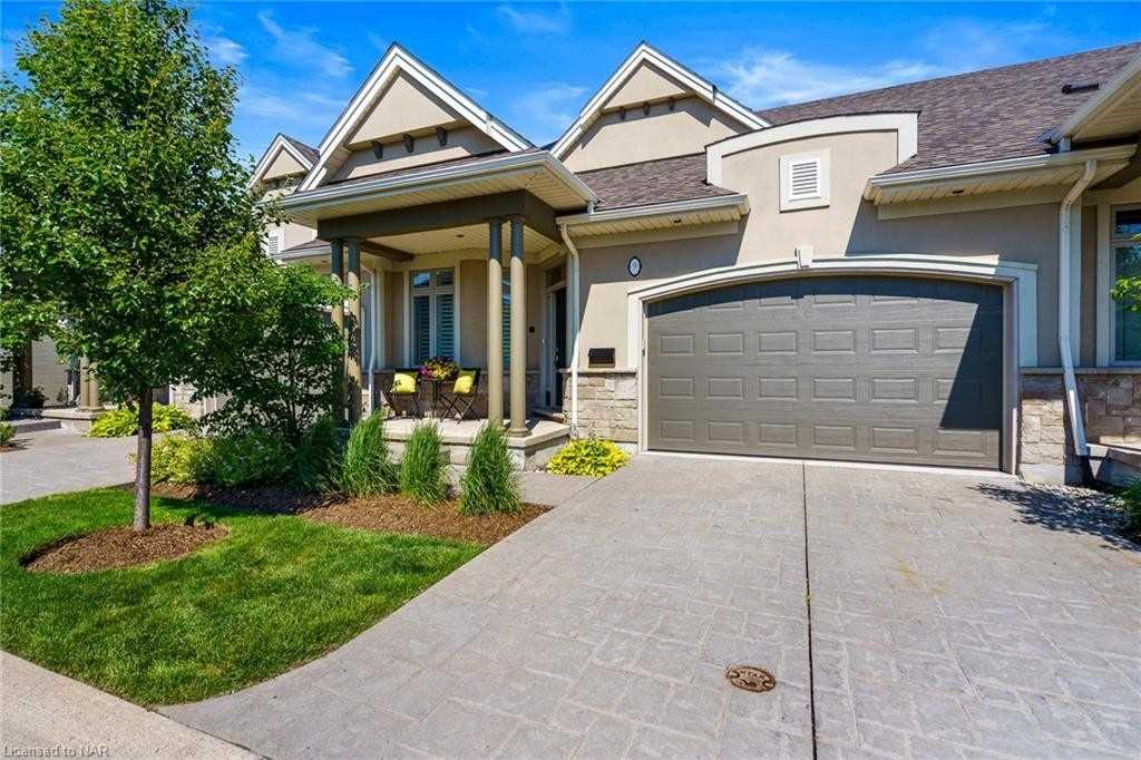 2634 St. Paul Ave, Niagara Falls, Ontario L2J 2L4, 2 Bedrooms Bedrooms, ,3 BathroomsBathrooms,Condo Townhouse,For Sale,St. Paul,X5272414