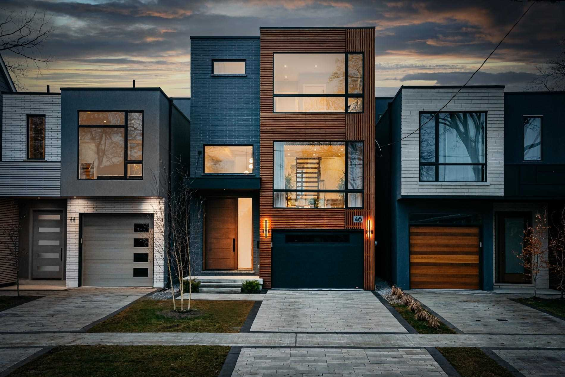 46 Lesmount Ave, Toronto, Ontario M4J 3V6, 4 Bedrooms Bedrooms, 10 Rooms Rooms,5 BathroomsBathrooms,Detached,For Sale,Lesmount,E5087433