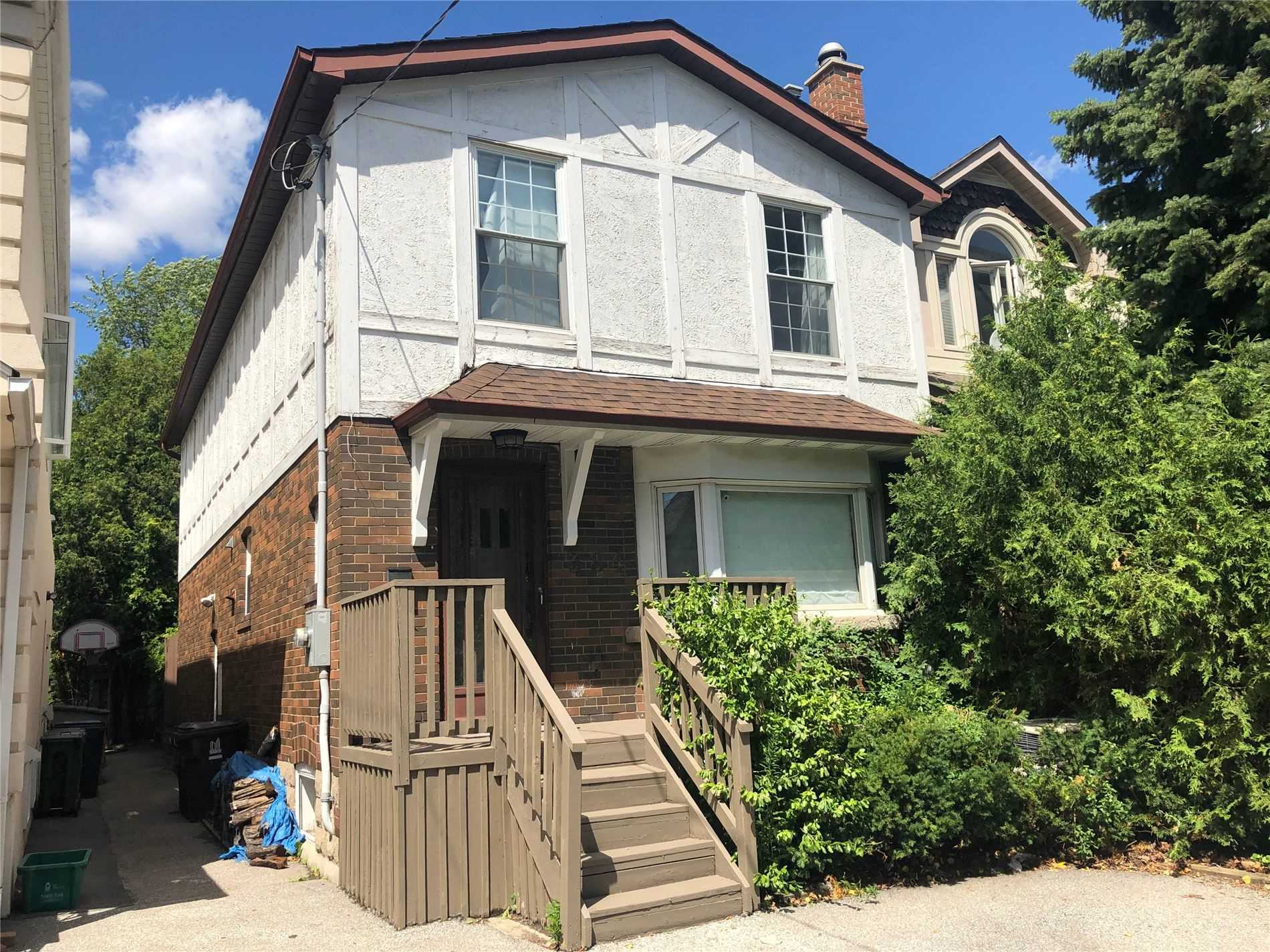 384 Fairlawn Ave, Toronto, Ontario M5M1T8, 3 Bedrooms Bedrooms, 7 Rooms Rooms,3 BathroomsBathrooms,Detached,For Sale,Fairlawn,C4856693