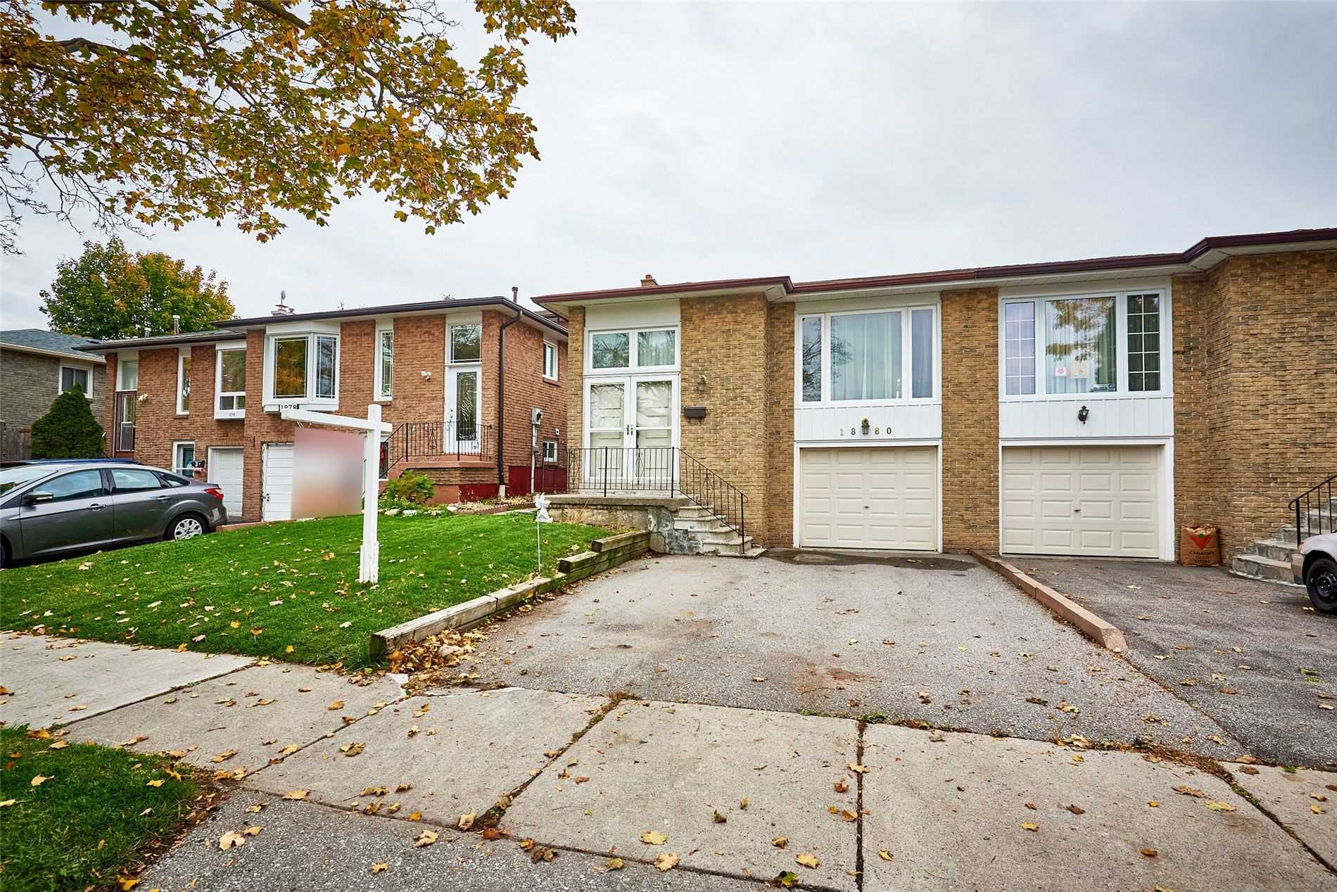 1880 Rosefield Rd, Pickering, Ontario L1V3H6, 3 Bedrooms Bedrooms, 6 Rooms Rooms,2 BathroomsBathrooms,Semi-Detached,For Sale,Rosefield,E4974364