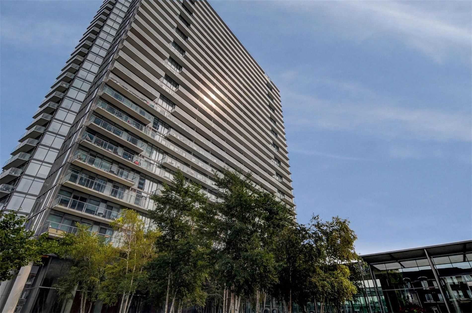 103 The Queensway Ave, Toronto, Ontario M6S 5B3, 1 Bedroom Bedrooms, 4 Rooms Rooms,1 BathroomBathrooms,Condo Apt,For Sale,The Queensway,W4899187