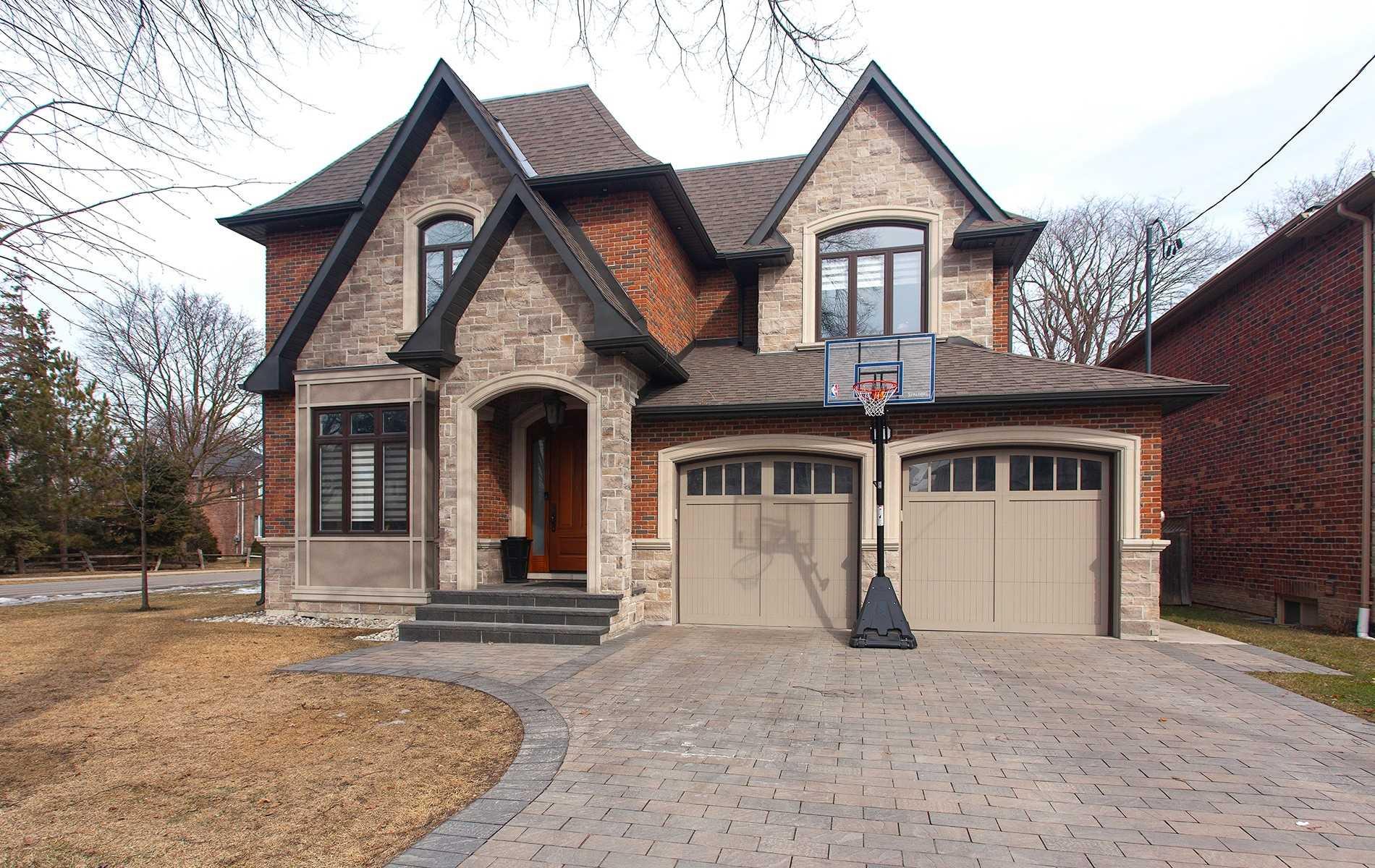 121 Laurel Ave, Toronto, Ontario M9B 4T3, 4 Bedrooms Bedrooms, 9 Rooms Rooms,5 BathroomsBathrooms,Detached,For Sale,Laurel,W5149382