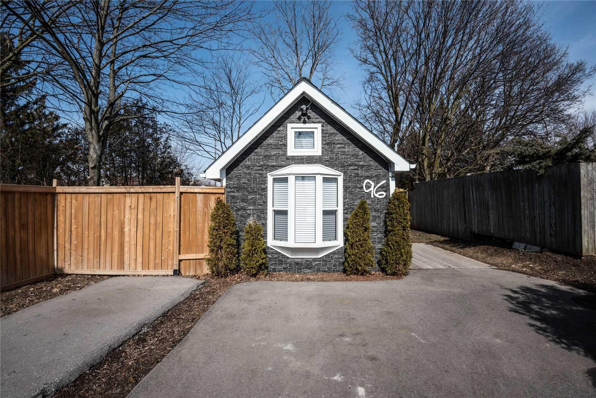 96 Quebec St, Oshawa, Ontario L1H2K5, ,1 BathroomBathrooms,Detached,For Sale,Quebec,E5145634