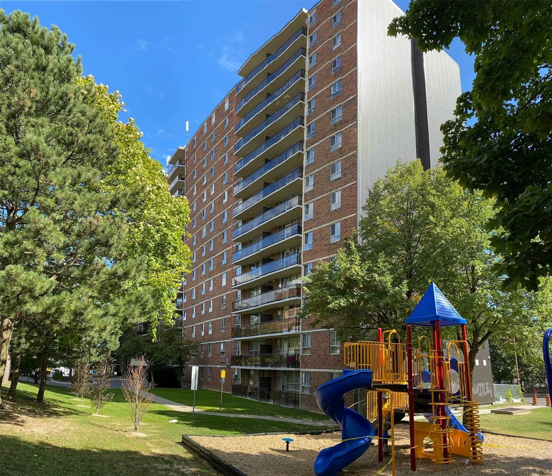 1950 Kennedy Rd, Toronto, Ontario M1P4S9, 2 Bedrooms Bedrooms, 3 Rooms Rooms,1 BathroomBathrooms,Condo Apt,For Sale,Kennedy,E4920102