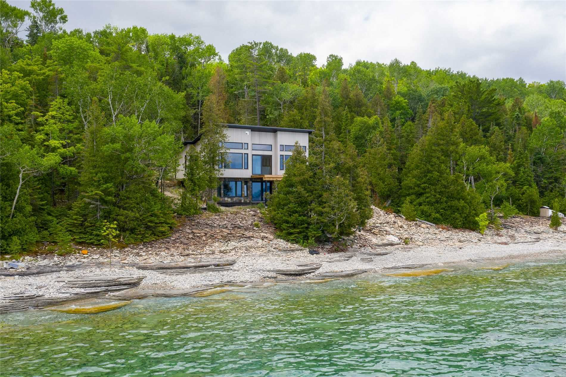 62 Cape Chin Nrth Shore Rd, Northern Bruce Peninsula, Ontario N0H 1W0, 3 Bedrooms Bedrooms, 8 Rooms Rooms,3 BathroomsBathrooms,Detached,For Sale,Cape Chin Nrth Shore,X4833765