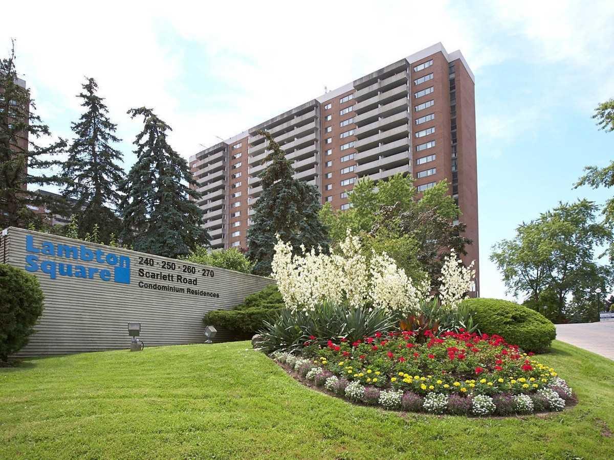 240 Scarlett Rd, Toronto, Ontario M6N4X4, 2 Bedrooms Bedrooms, 8 Rooms Rooms,1 BathroomBathrooms,Condo Apt,For Sale,Scarlett,W4900795