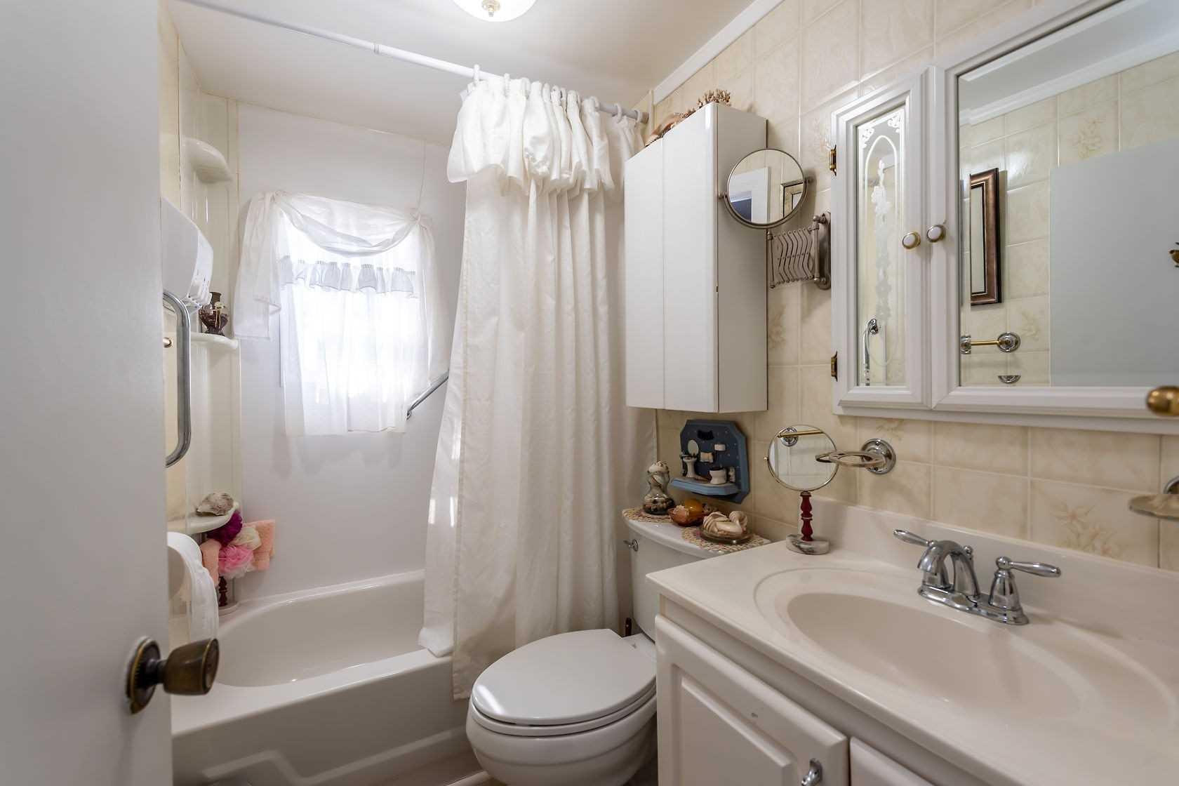 1185 Kohler Rd, Haldimand, Ontario N0A 1E0, 3 Bedrooms Bedrooms, ,1 BathroomBathrooms,Detached,For Sale,Kohler,X5143902