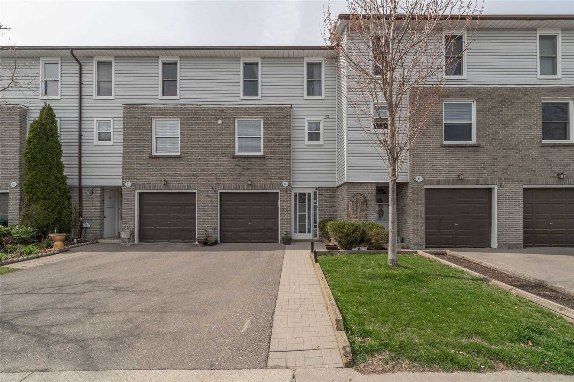 2440 Bromsgrove Rd, Mississauga, Ontario L5J4J7, 3 Bedrooms Bedrooms, ,3 BathroomsBathrooms,Condo Townhouse,For Sale,Bromsgrove,W5189566