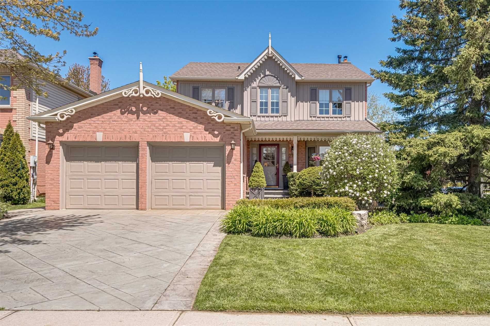2107 Country Club Dr, Burlington, L7M4A4, 3 Bedrooms Bedrooms, ,4 BathroomsBathrooms,Detached,For Sale,Country Club,W4768228