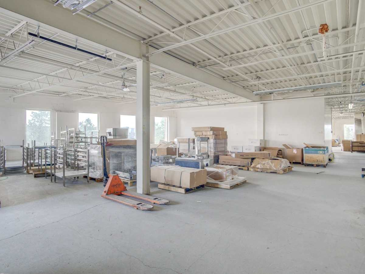 917 Edgeley Blvd, Vaughan, Ontario L4K4V9, ,Industrial,For Sale,Edgeley,N4828014