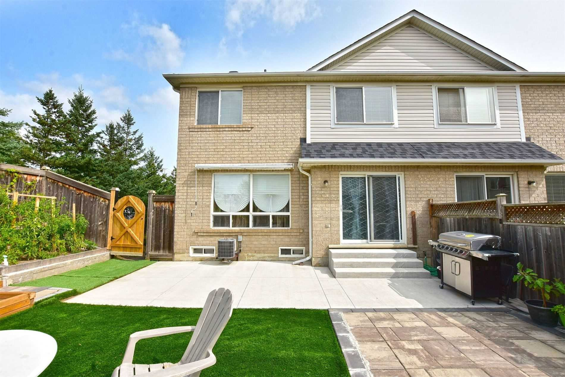 716 Edwards Ave, Milton, Ontario L9T6B3, 3 Bedrooms Bedrooms, ,3 BathroomsBathrooms,Semi-Detached,For Sale,Edwards,W4911218