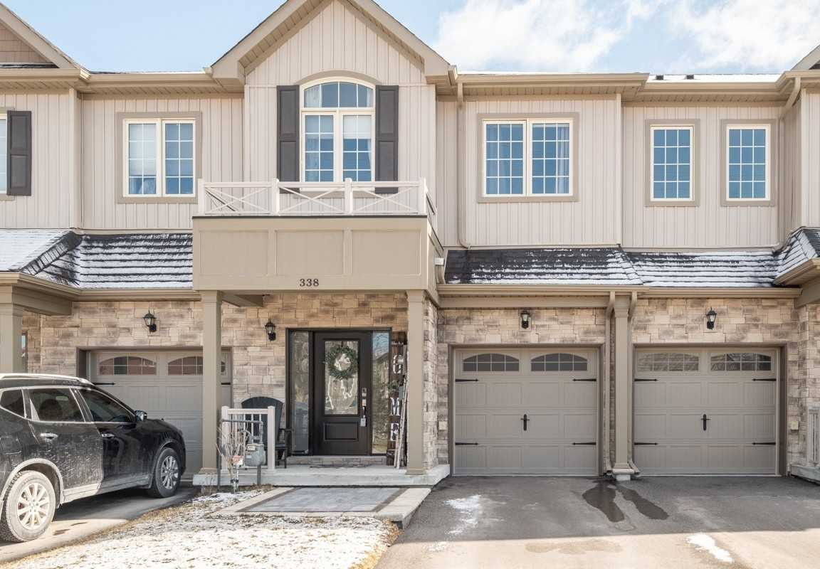 338 East St, Orillia, Ontario L3V 8K9, 3 Bedrooms Bedrooms, ,3 BathroomsBathrooms,Att/row/twnhouse,For Sale,East,S5173060