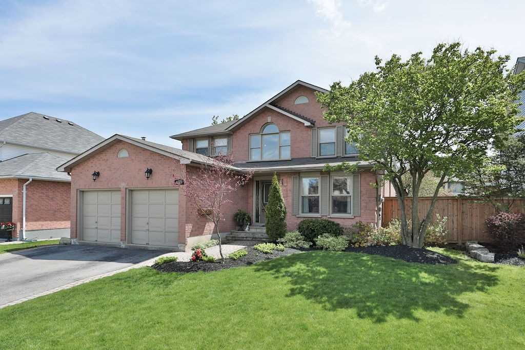 2065 Parklane Cres, Burlington, L7M 3V7, 4 Bedrooms Bedrooms, ,3 BathroomsBathrooms,Detached,For Sale,Parklane,W4765577