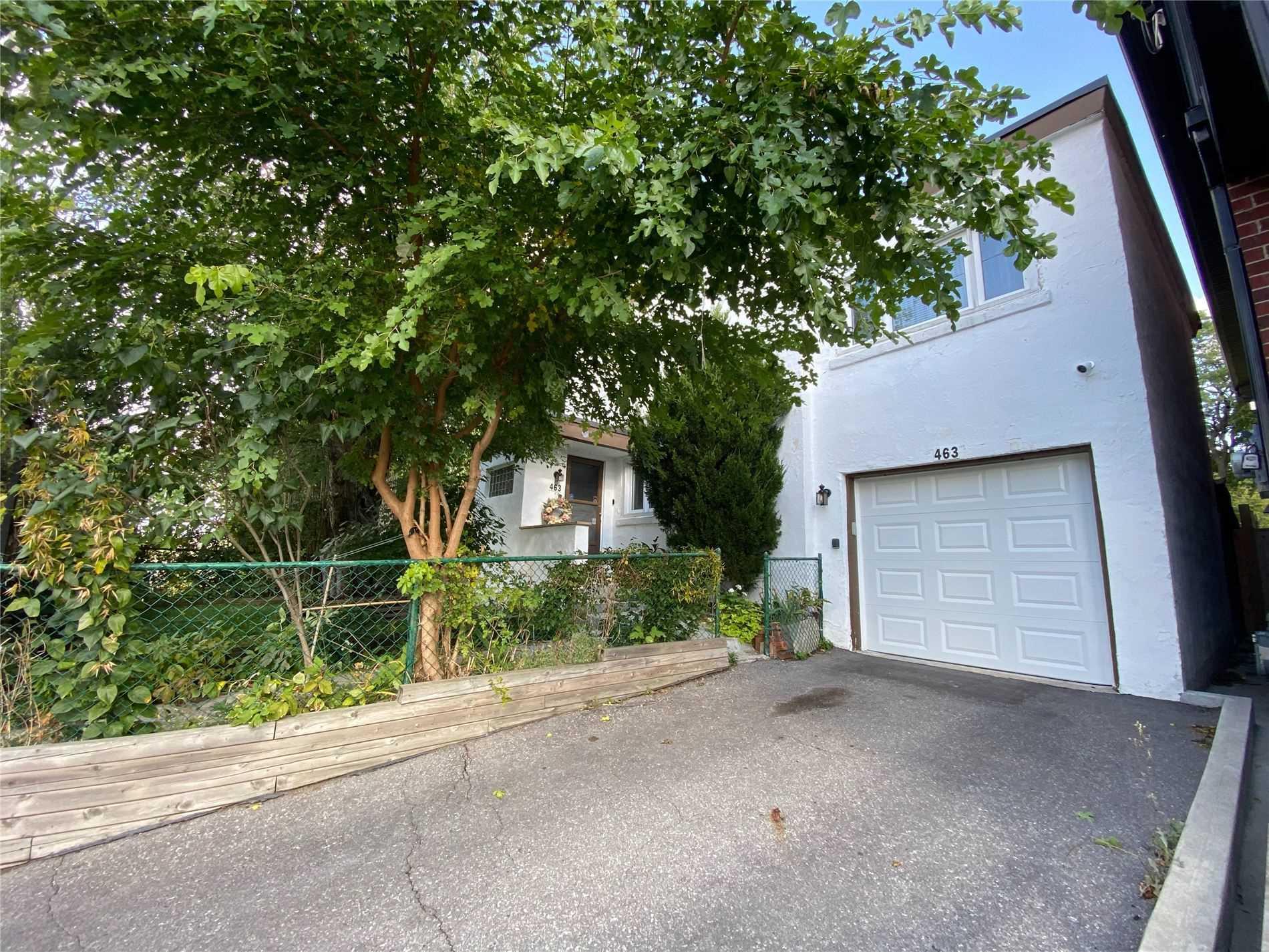 463 Mcroberts Ave, Toronto, Ontario M6E4R1, 3 Bedrooms Bedrooms, 6 Rooms Rooms,2 BathroomsBathrooms,Detached,For Sale,Mcroberts,W4953097