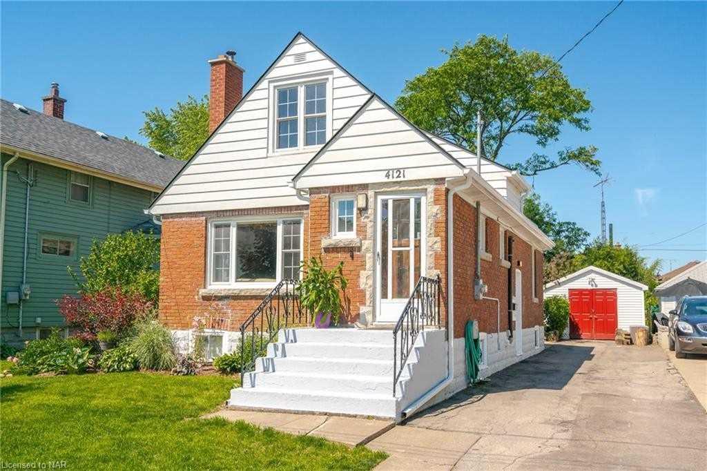4121 Stanton Ave, Niagara Falls, Ontario L2E 3J7, 3 Bedrooms Bedrooms, ,2 BathroomsBathrooms,Detached,For Sale,Stanton,X5272556
