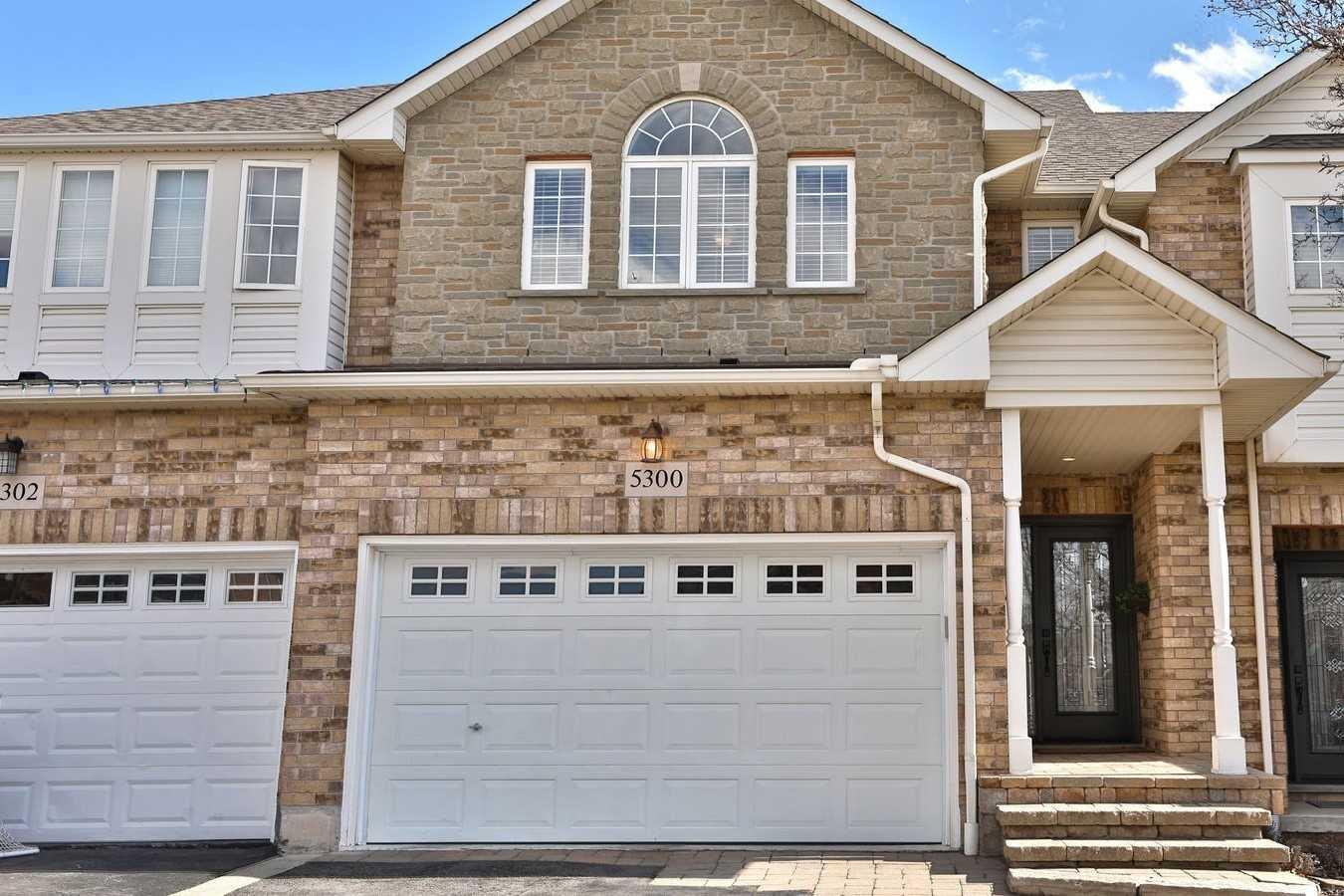 5300 Dryden Ave, Burlington, Ontario L7L6Z9, 3 Bedrooms Bedrooms, ,3 BathroomsBathrooms,Att/row/twnhouse,For Sale,Dryden,W5157512
