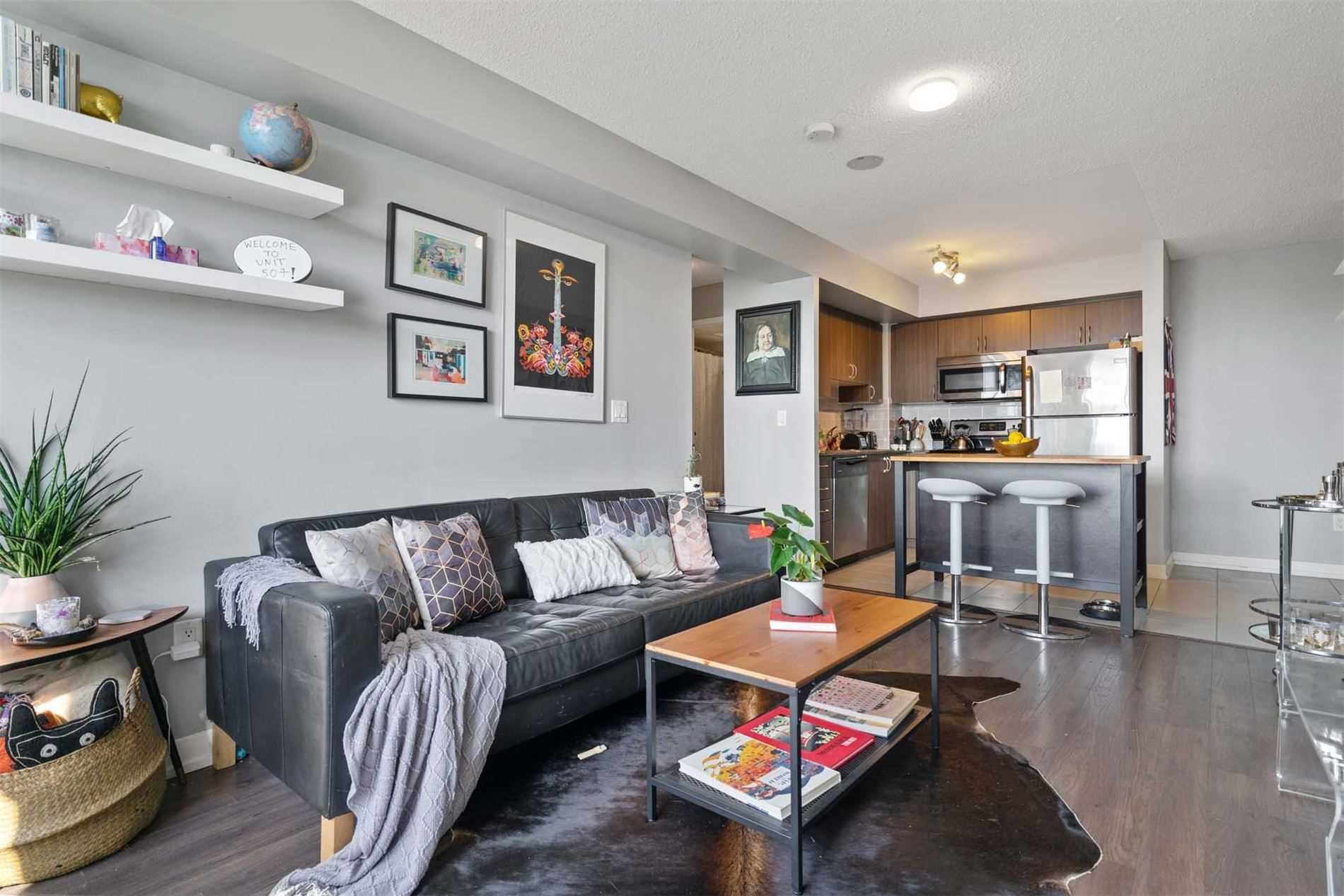 812 Lansdowne Ave, Toronto, Ontario M6H4K5, 1 Bedroom Bedrooms, 4 Rooms Rooms,1 BathroomBathrooms,Condo Apt,For Sale,Lansdowne,W4912772