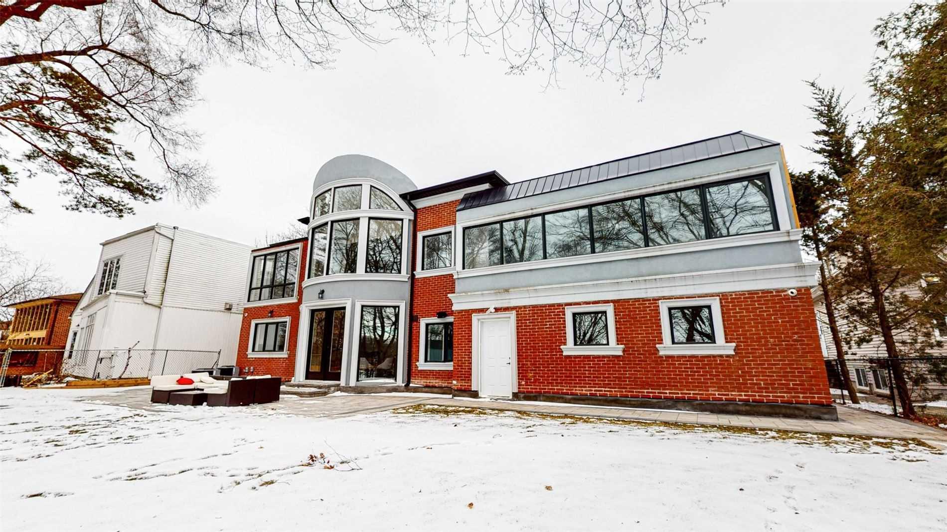 219 Rouge Hills Dr, Toronto, Ontario M1C2Y9, 4 Bedrooms Bedrooms, 10 Rooms Rooms,6 BathroomsBathrooms,Detached,For Sale,Rouge Hills,E5105514