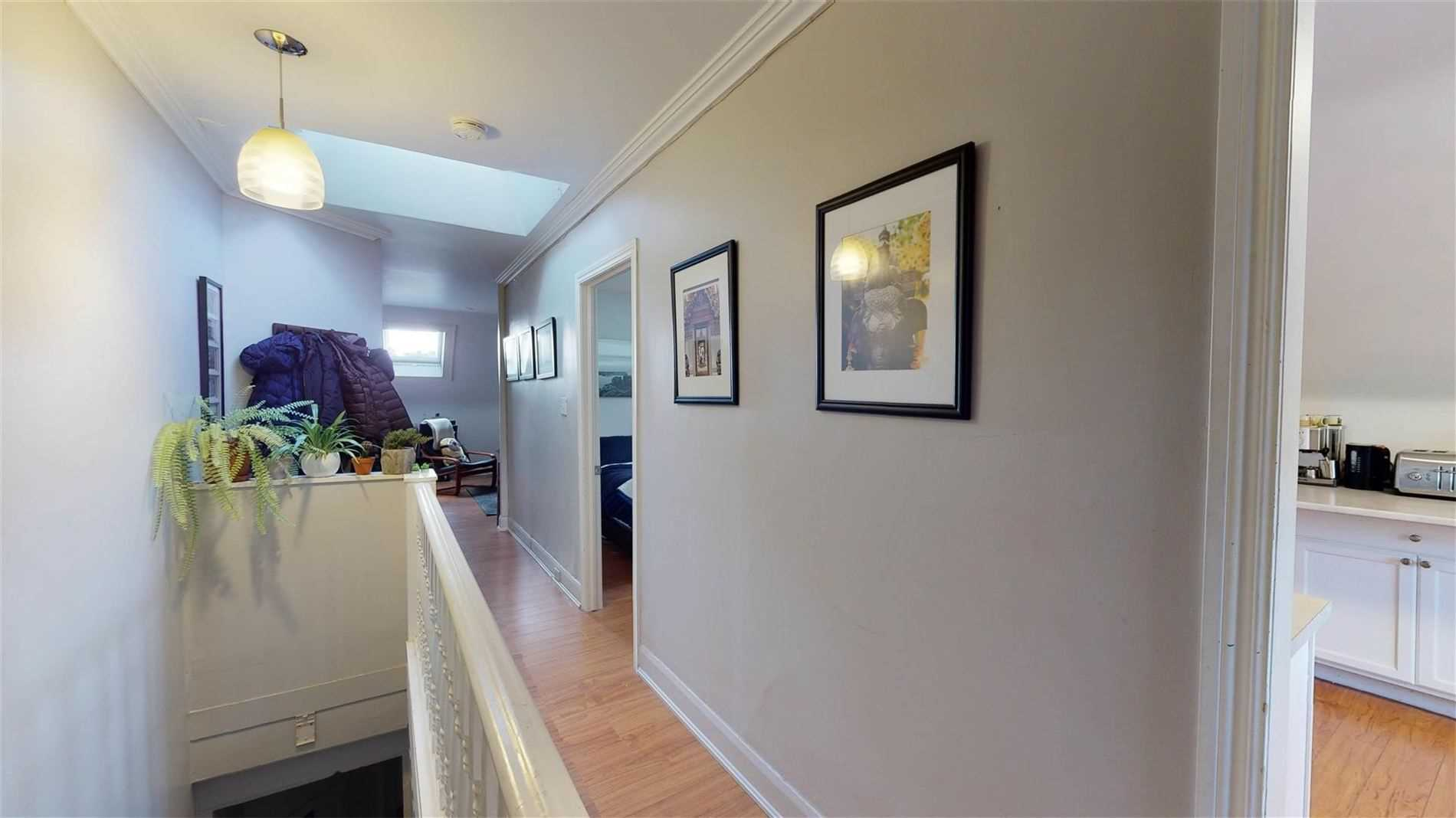 559 Broadview Ave, Toronto, Ontario M4K2N7, ,6 BathroomsBathrooms,Investment,For Sale,Broadview,E4752361